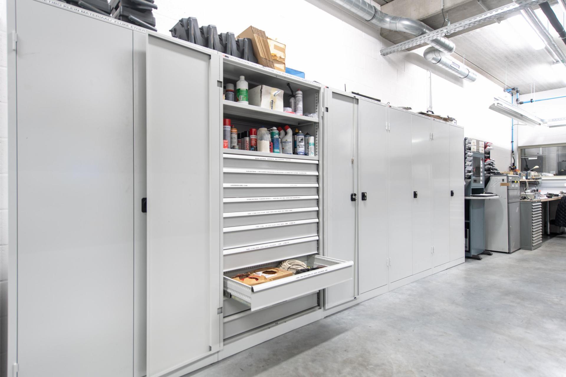 Metalen Opbergkasten Garage : Opbergkasten jafor